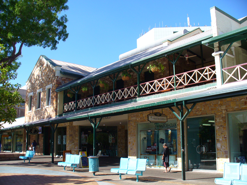 Victoria Hotel in Smith Street Mall Darwin